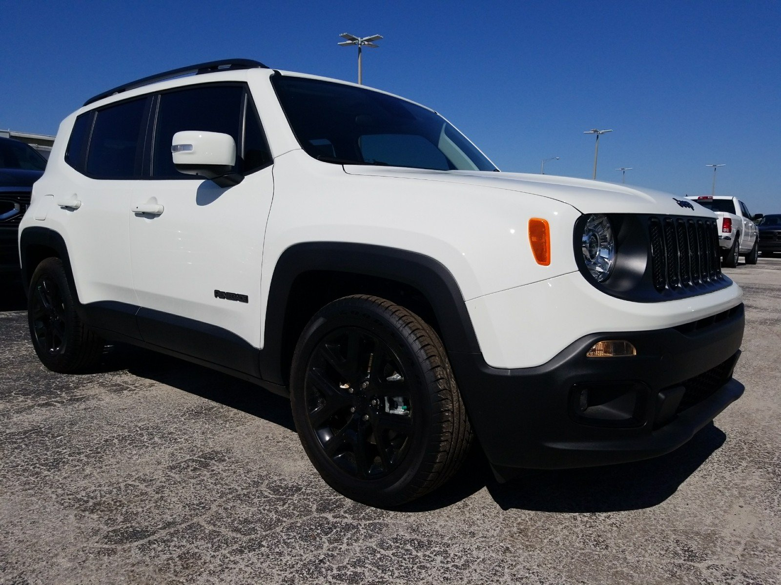 New 2018 JEEP Renegade Latitude Sport Utility in Tampa PG